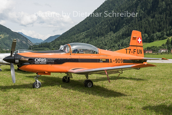 2015-06-25 T7-FUN Pilatus PC7