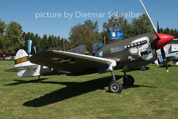 2015-08-29 F-AZKU Curtiss P40