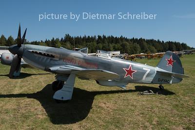 2015-08-29 D-FYAC Yakovlev 3