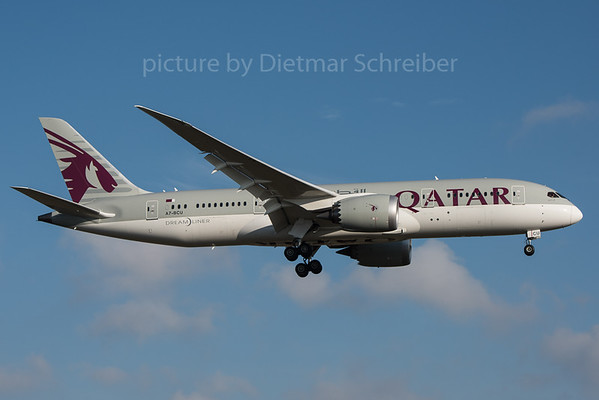 2015-12-31 A7-BCU Boeing 787-8 Qatar Airways