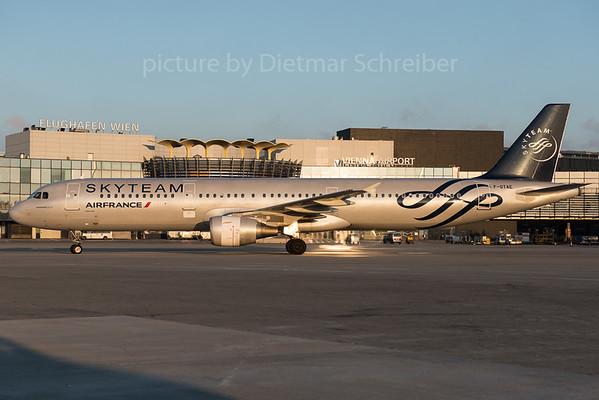2015-12-31 F-GTAE Airbus A321 Air France
