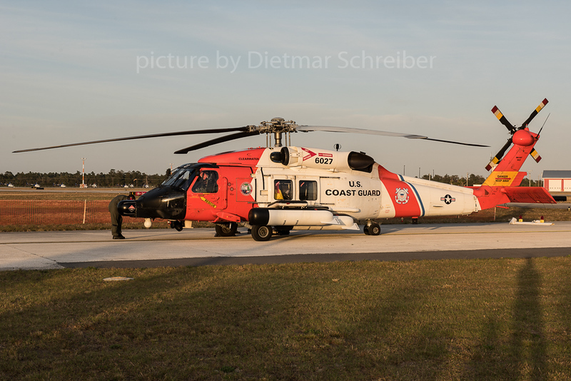 2016-03-11 6027 Sikorsky MH60 Seahawk US Coast Guard