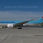 2017-06-14 HL8076 Boeing 777-200 Korean Air
