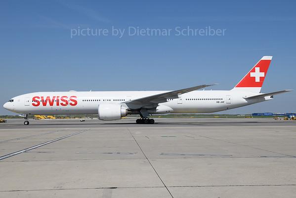 2018-04-19 HB-JNF Boeing 777-300 Swiss