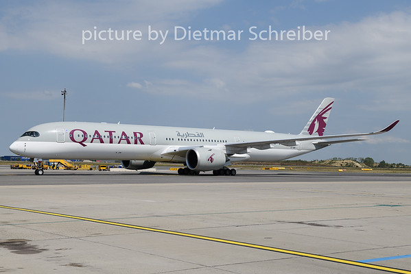 2019-08-20 A7-ANF Airbus A350-1000 Qatar Airways