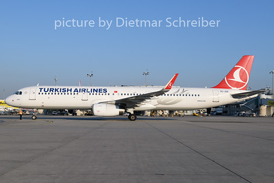 2019-04-18 TC-JSZ Airbus A321 THY