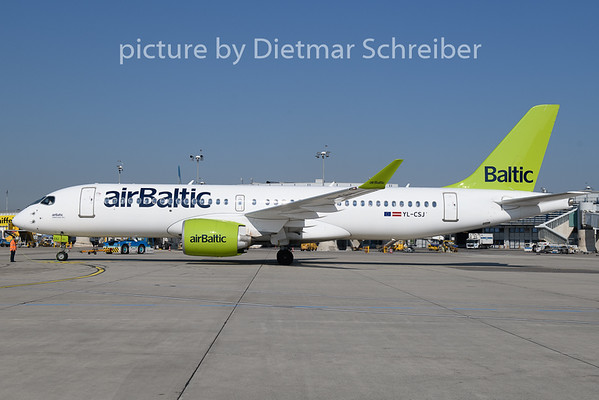 2019-04-18 YL-CSJ CS300 Air Baltic