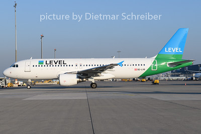 2019-04-18 OE-LVR Airbus A320 Level