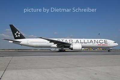 2019-04-18 VT-ALJ Boeing 777-300 Air India