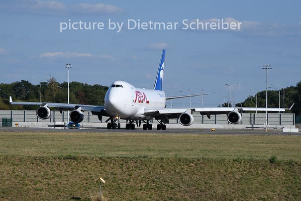 2020-08-04 TF-AMU Boeing 747-400 Astral