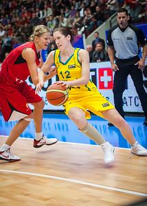 Belinda Snell, Ivana Vecerova