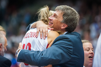 (FIBA World Championship for Women: Semifinal, Czech Rep 81 v. Belarus 77, KV Aréna, Karlovy Vary, Czech Republic. October 2, 2010)