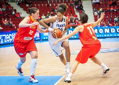 Emmeline Ndongue, Ana Montanana, Nuria Martinez