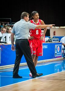 Team USA head coach Geno Auriemma, Angel McCoughtry