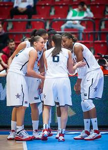 (FIBA World Championship for Women: Semifinal, USA 106 v. Spain 70, KV Aréna, Karlovy Vary, Czech Republic. October 2, 2010)