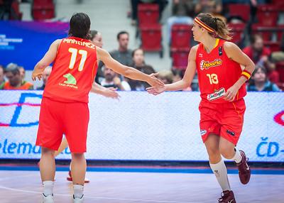 Nuria Martinez, Amaya Valdemoro