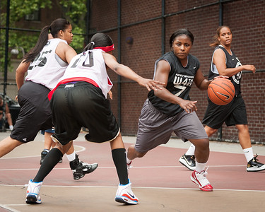 Quiet Storm (White) v. FMB (Black) unfinished West 4th St Women's  Pro-Classic NYC: Quiet Storm (White) v. FMB (Black) unfinished, William F. Passannante Ballfield, New York, NY. June 6, 2010)