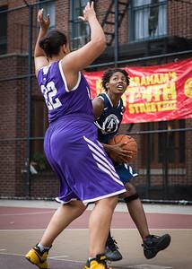 Kiss the Baby (Purple) 64 v. Brooklyn Express (Blue) 55 (West 4th Street Women's Pro Classic NYC: Kiss the Baby (Purple) 64 v. Brooklyn Express (Blue) 55, William F. Passannante Ballfield, New York, NY, July 10, 2010)