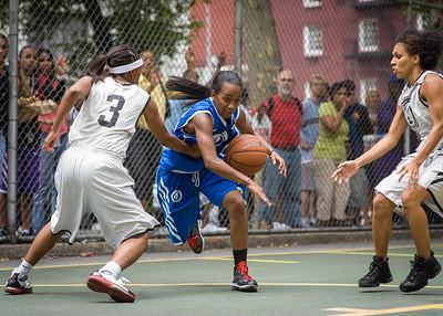 Parker's Ladies (White) 59 v. Primetime (Blue) 86 (West 4th Street Women's Pro Classic NYC: Parker's Ladies (White) 59 v. Primetime (Blue) 86, The Cage, New York, NY, August 1, 2010)