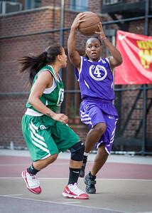 (West 4th Street Women's Pro Classic NYC: FMB (Green) 68 v. Kiss the Baby (Purple) 66, Passannante Ballfield, New York, NY, August 7, 2010)