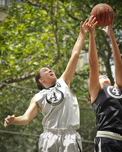"""(West 4th St. Women's Pro-Classic NYC: 14-No Limit (Grey) 73 v Westchester (Black) 64, The """"Cage"""", New York, NY. June 25, 2011)"""