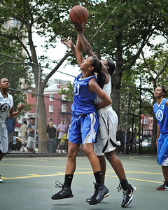 """(West 4th St. Women's  Pro-Classic NYC: Parker's Ladies (Blue) 65 v.No Limit (Grey) 77, The """"Cage"""", New York, NY. July 16, 2011)"""