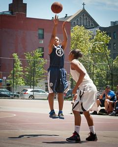 (West 4th St. Women's  Pro-Classic NYC: Primetime (Blue) 71 v No Limit (Grey) 67, William F. Passannante Ballfield, New York, NY. July 30, 2011)
