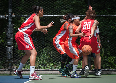 """Nicky Young West 4th Street Women's Pro Classic NYC: Deuce Trey (Orange) 52 v Fastbreak (Red) 44, """"The Cage"""", New York, NY, June 3, 2012"""