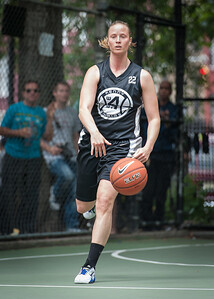 "Nicole Kazmarski West 4th Street Women's Pro Classic NYC: Exodus NYC Apache (Green) 50 v Cobra Hustlers (Black) 39, ""The Cage"", New York, NY, June 9, 2012"