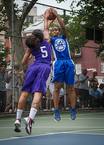 """Bianca Brown, Ariel Smith West 4th Street Women's Pro Classic NYC: Primetime (Blue) 88 v Run N Shoot (Purple) 68, """"The Cage"""", New York, NY, July 7, 2012"""