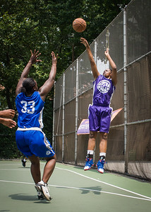 """Dawn Coleman West 4th Street Women's Pro Classic NYC: Primetime (Blue) 88 v Run N Shoot (Purple) 68, """"The Cage"""", New York, NY, July 7, 2012"""