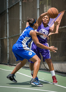 """Ariel Smith, Bianca Brown West 4th Street Women's Pro Classic NYC: Primetime (Blue) 88 v Run N Shoot (Purple) 68, """"The Cage"""", New York, NY, July 7, 2012"""