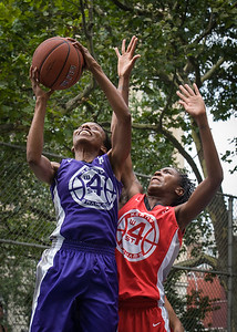 """Jewel Adams, Shenneika Smith West 4th Street Women's Pro Classic NYC: Big East Ballers (Red) 65 v Run N Shoot (Purple) 63, """"The Cage"""", New York, NY, July 14, 2012"""