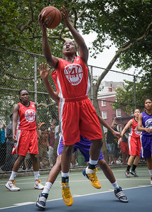 """Korinne Campbell West 4th Street Women's Pro Classic NYC: Big East Ballers (Red) 65 v Run N Shoot (Purple) 63, """"The Cage"""", New York, NY, July 14, 2012"""