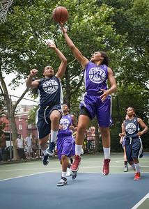 "Ariel Smith, Nadia Duncan West 4th Street Women's Pro Classic NYC: Run N Shoot (Purple) 79 v Impulse (Navy) 49, ""The Cage"", New York, NY, July 15, 2012"