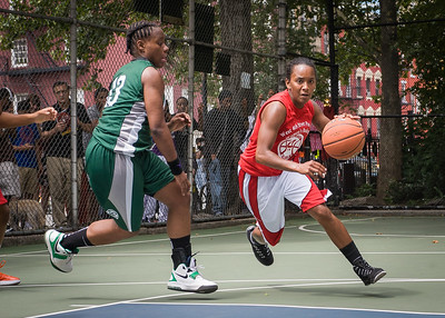 """Renee Taylor, Africa Williams West 4th Street Women's Pro Classic NYC: Sports Challenge Semis: Exodus NYC Apache (Green) 84 v Red All Stars 80, """"The Cage"""", New York, NY, July 21, 2012"""
