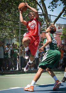 """Tasha Cannon, Erica Morrow West 4th Street Women's Pro Classic NYC: Sports Challenge Final-Exodus NYC Apache (Green) 65 v Big East Ballers (Red) 58, """"The Cage"""", New York, NY, July 22, 2012"""