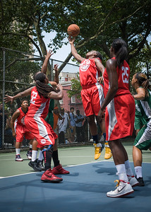 """Korinne Campbell West 4th Street Women's Pro Classic NYC: Sports Challenge Final-Exodus NYC Apache (Green) 65 v Big East Ballers (Red) 58, """"The Cage"""", New York, NY, July 22, 2012"""