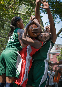 """Michelle Campbell, Nicole Michael, Brittany Webb West 4th Street Women's Pro Classic NYC: Sports Challenge Final-Exodus NYC Apache (Green) 65 v Big East Ballers (Red) 58, """"The Cage"""", New York, NY, July 22, 2012"""