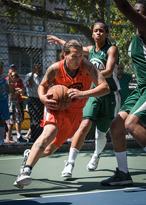 """Nicky Young, Cherise George West 4th Street Women's Pro Classic NYC: Exodus NYC Apache (Green) 61 v Deuce Trey (Orange) 47, """"The Cage"""", New York, NY, August 4, 2012"""