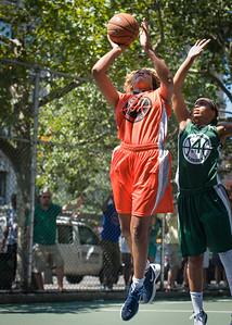 "Racquel Davis, Cherise George West 4th Street Women's Pro Classic NYC: Exodus NYC Apache (Green) 61 v Deuce Trey (Orange) 47, ""The Cage"", New York, NY, August 4, 2012"