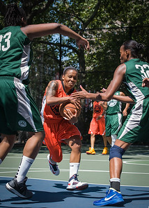 """Shorty Reed, Nicole Michael, Brittany Webb West 4th Street Women's Pro Classic NYC: Exodus NYC Apache (Green) 61 v Deuce Trey (Orange) 47, """"The Cage"""", New York, NY, August 4, 2012"""