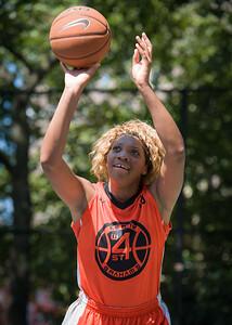 "Racquel Davis  West 4th Street Women's Pro Classic NYC: Exodus NYC Apache (Green) 61 v Deuce Trey (Orange) 47, ""The Cage"", New York, NY, August 4, 2012"