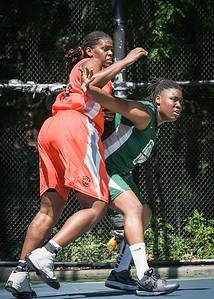 "Yolanda Rayside, Brittany Webb West 4th Street Women's Pro Classic NYC: Exodus NYC Apache (Green) 61 v Deuce Trey (Orange) 47, ""The Cage"", New York, NY, August 4, 2012"