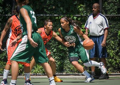 "Cherise George, Renneika Razor West 4th Street Women's Pro Classic NYC: Exodus NYC Apache (Green) 61 v Deuce Trey (Orange) 47, ""The Cage"", New York, NY, August 4, 2012"