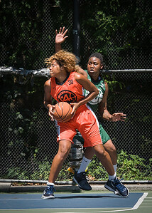 "Racquel Davis, Brittany Webb West 4th Street Women's Pro Classic NYC: Exodus NYC Apache (Green) 61 v Deuce Trey (Orange) 47, ""The Cage"", New York, NY, August 4, 2012"