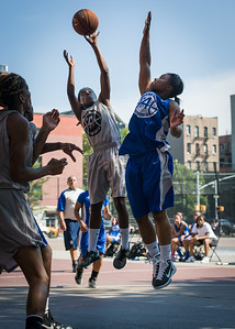 Tierra Cleaves, DeeDee Pearson West 4th Street Women's Pro Classic NYC: Lady Soldiers (Blue) 59 v Imperial Crew (Grey) 50, William F. Passannante Ballfield, New York, NY, August 4, 2012.