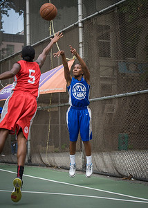 """Renee Taylor, Shenneika Smith West 4th Street Women's Pro Classic NYC: Primetime (Blue) 69 v Big East Ballers (Red) 60, """"The Cage"""", New York, NY, August 5, 2012"""