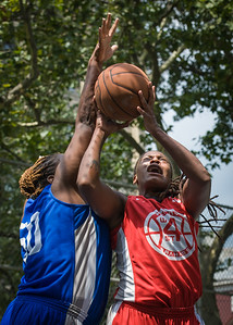 """Kellindra Zackery, Jazmine Wright West 4th Street Women's Pro Classic NYC: Primetime (Blue) 69 v Big East Ballers (Red) 60, """"The Cage"""", New York, NY, August 5, 2012"""