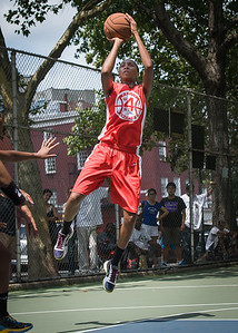 """Shenneika Smith West 4th Street Women's Pro Classic NYC: Primetime (Blue) 69 v Big East Ballers (Red) 60, """"The Cage"""", New York, NY, August 5, 2012"""